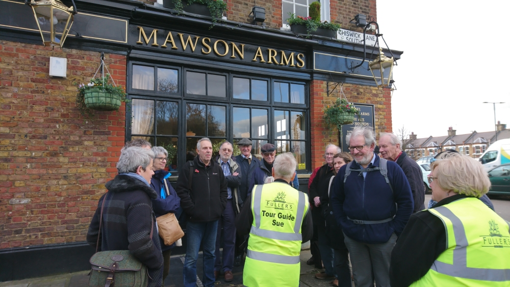 AMS Autumn Visit begins outside Mawson Arms, Chiswick